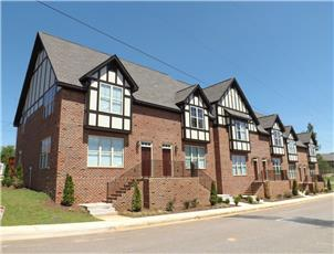 Beverly Townhomes apartment in Tuscaloosa, AL