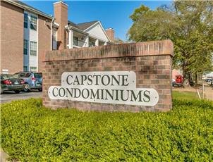 Capstone Condominiums apartment in Tuscaloosa, AL
