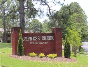 Cypress Creek apartment in Tuscaloosa, AL
