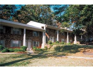 Eastwood Manor apartment in Tuscaloosa, AL