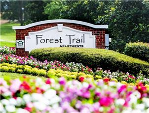 Forest Trail apartment in Northport, AL