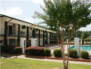High River Apartment Homes apartment in Tuscaloosa, AL