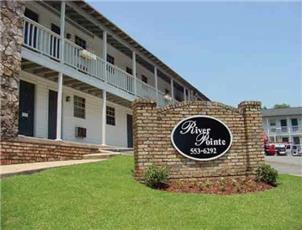 River Pointe    apartment in Tuscaloosa, AL