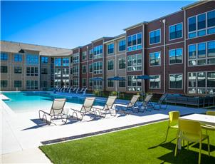 Riverfront Village apartment in Tuscaloosa, AL