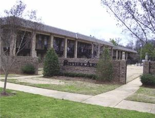 Riviera Apartments apartment in Northport, AL
