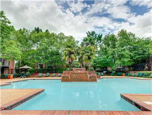 Stone Creek apartment in Tuscaloosa, AL