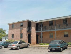 Tenth Avenue apartment in Tuscaloosa, AL