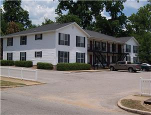Town Place Apartments apartment in Northport, AL